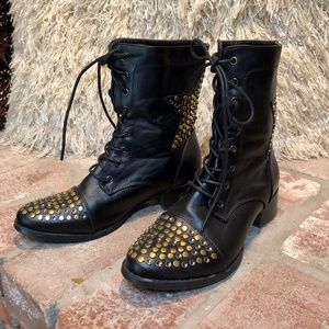 Studded Star Tie Up Ankle Bootie Boots 8M